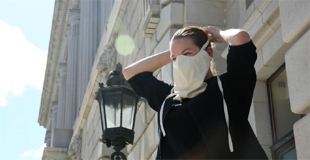 歌劇排練防疫口罩 舊金山登場