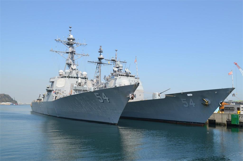 快新聞/美軍驅逐艦「魏柏號」通過台海 解放軍批「製造台海風險因素」