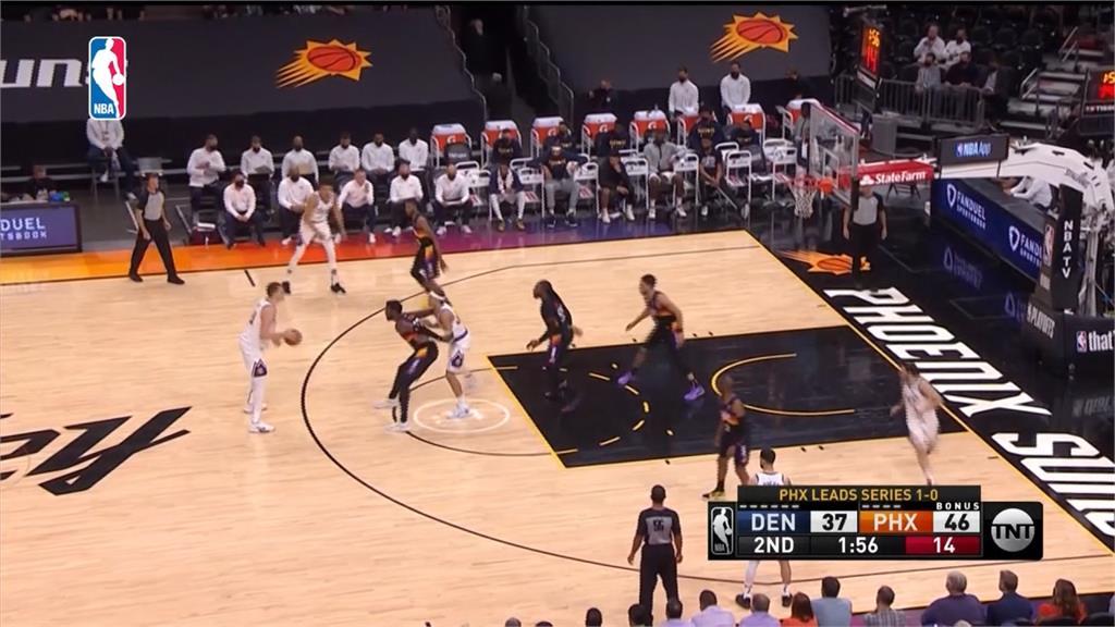 NBA/老將、少主同場飆球!保羅17分15助攻0失誤 太陽2勝0敗領先金塊