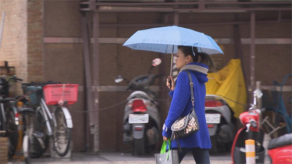 快新聞/雨彈來了! 新北等10縣市大雨特報 慎防雷擊、強陣風