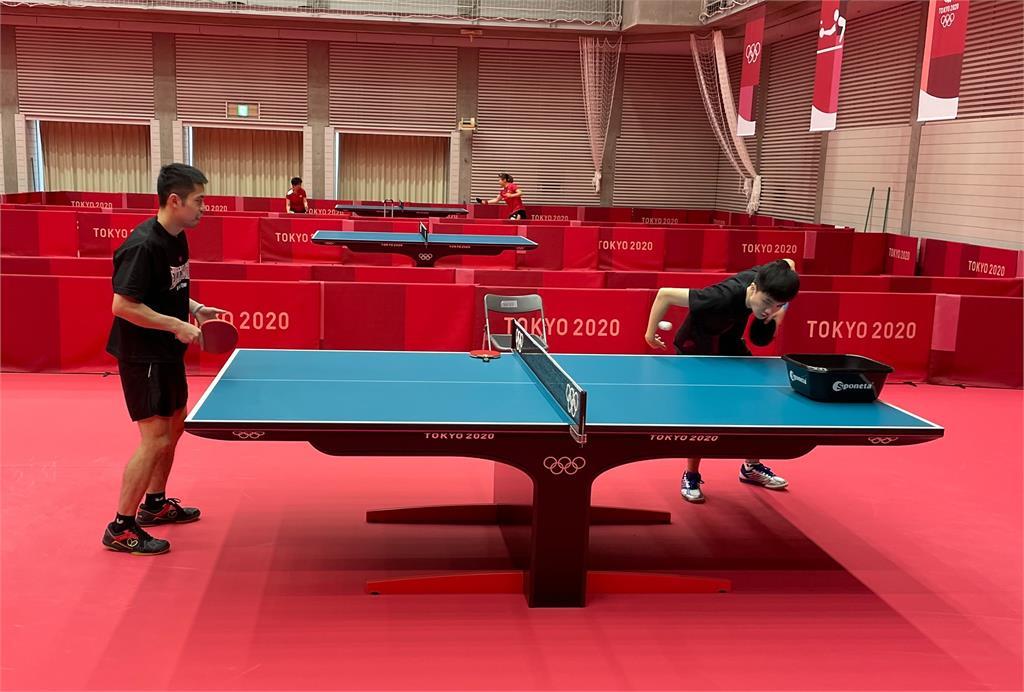 快新聞/台灣桌球隊起大早備戰東奧  「黃金混雙」林昀儒與鄭怡靜奪牌濃厚