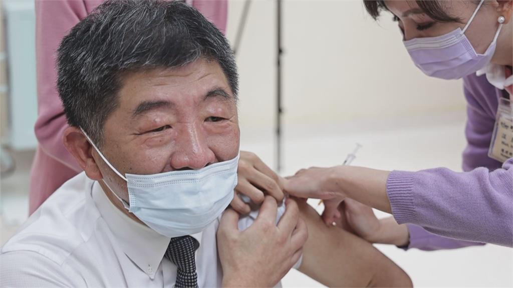 台大醫院「第一打手」 她為總統.蘇揆.阿中接種