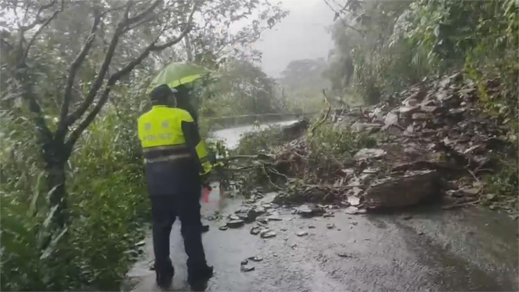 單日狂灌驚人雨量 瑪家鄉山區坍方怵目驚心