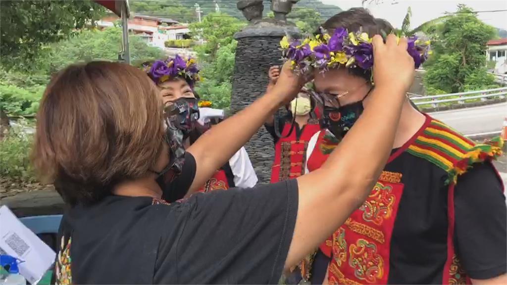 永婕美少女的休旅車來了 賈永婕捐疫苗專車給三地門鄉