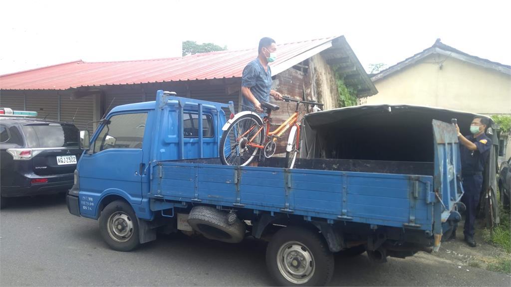 唐氏症少年騎腳踏車「台南→嘉義」累倒!因「不想停課」警神救援返家