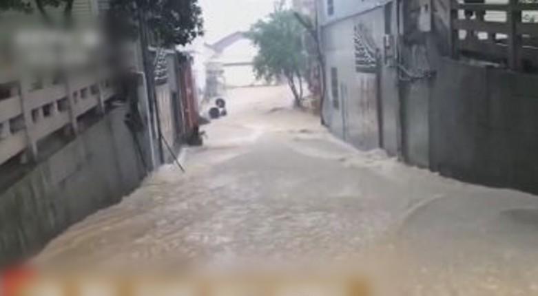 「烟花」撲中颱風眼下午登陸 大雨致杭州海水倒灌