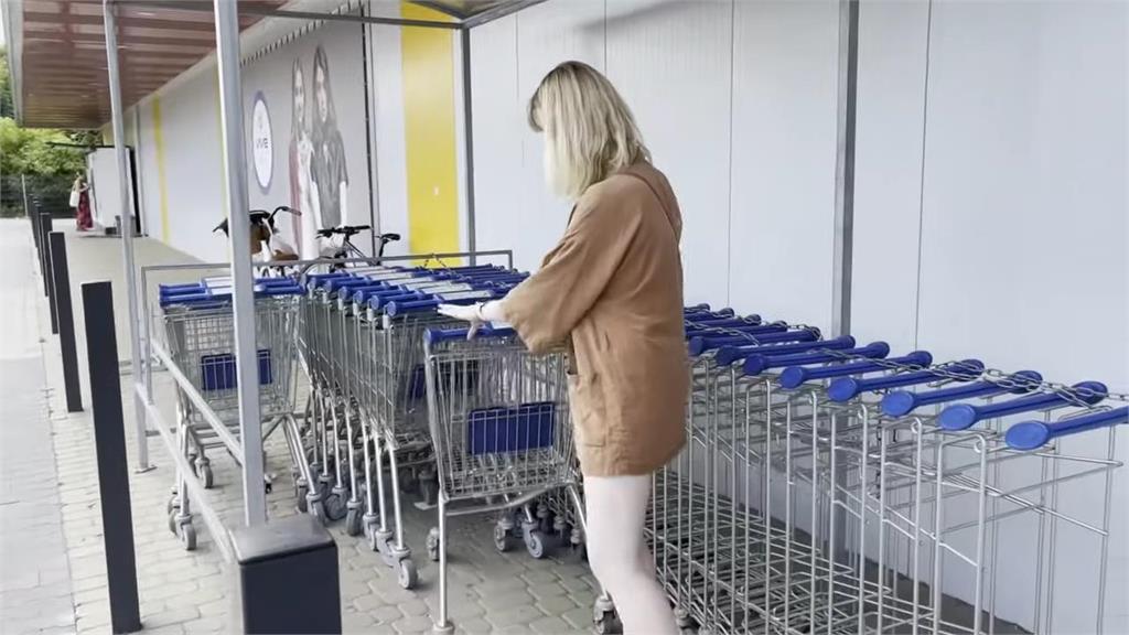 看外籍網友影片偽出國!波蘭美女逛二手賣場 網見這一幕驚:開眼界啊