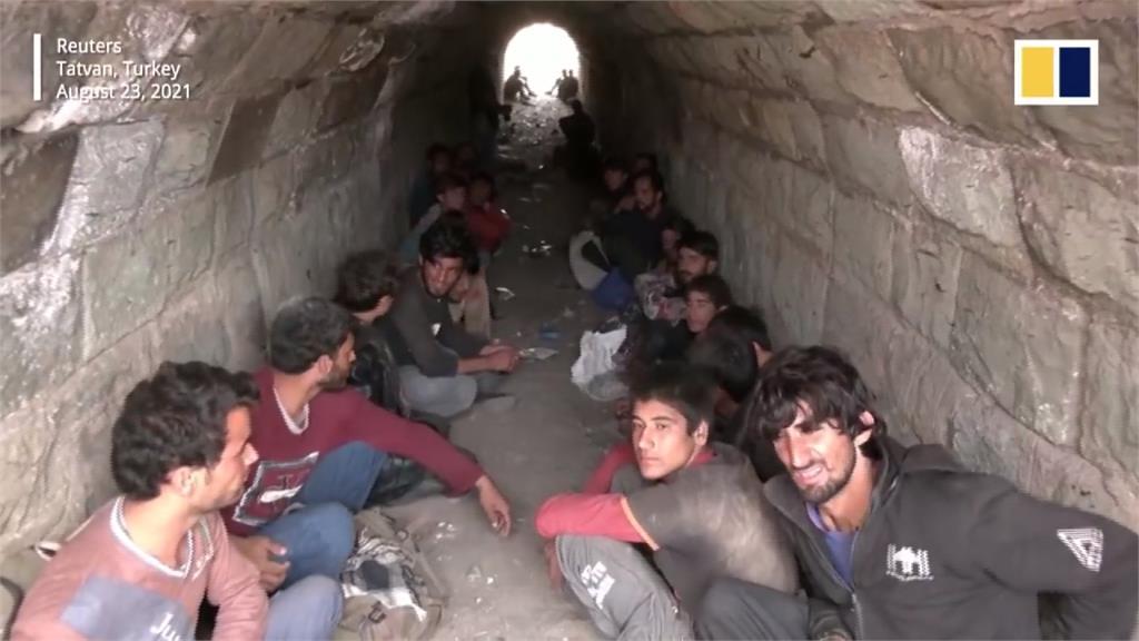 全球/50萬阿富汗難民出逃 歐洲各國築高牆防堵