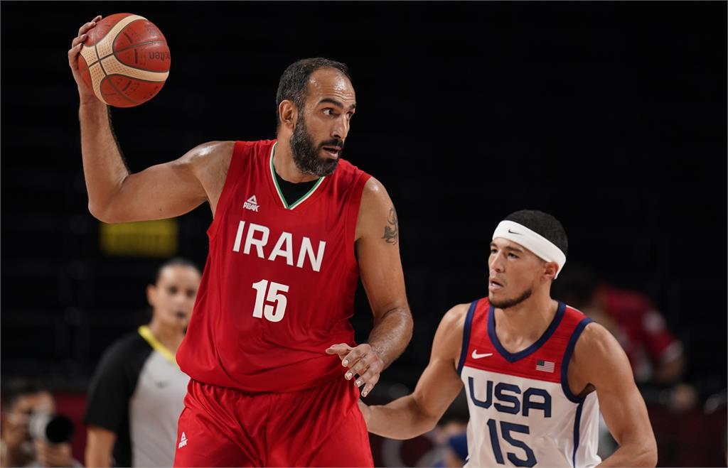 東奧/里拉德單場狂飆7顆三分!美國隊54分大勝伊朗奪小組賽首勝