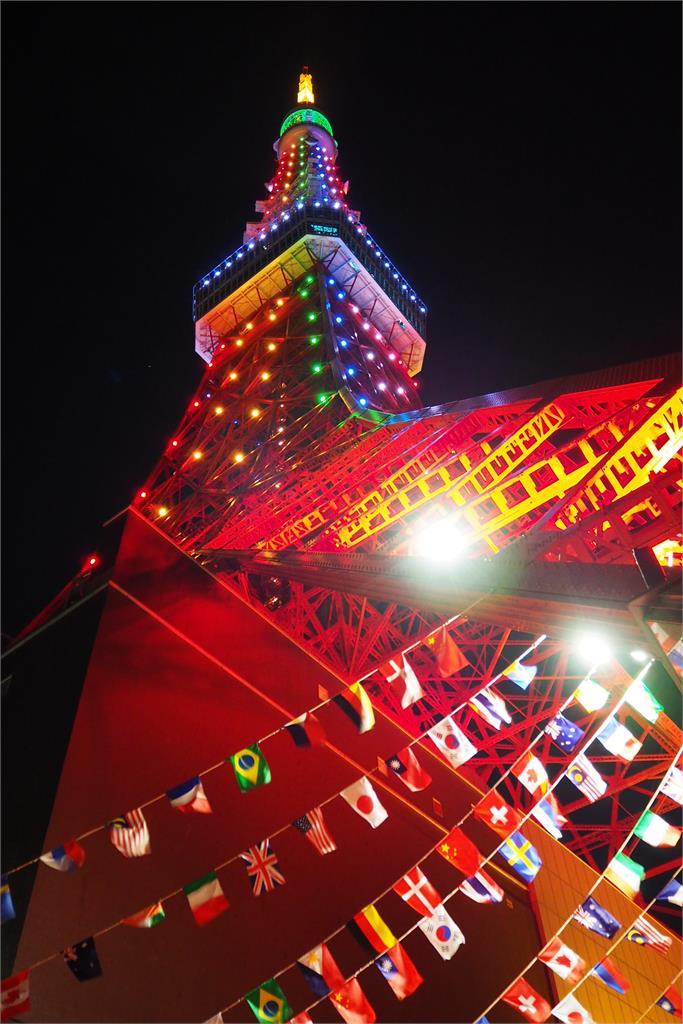 快新聞/東奧開幕式晚間登場! 我國旗飄揚東京鐵塔 現場最新直擊