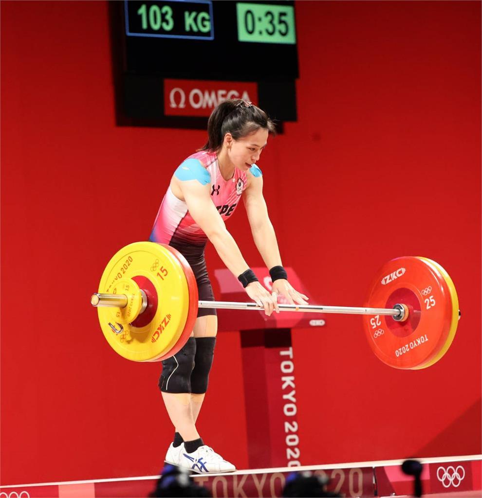 東奧/郭婞淳奪金「第1把就100kg」比其他人都高 網笑:像在看神一樣