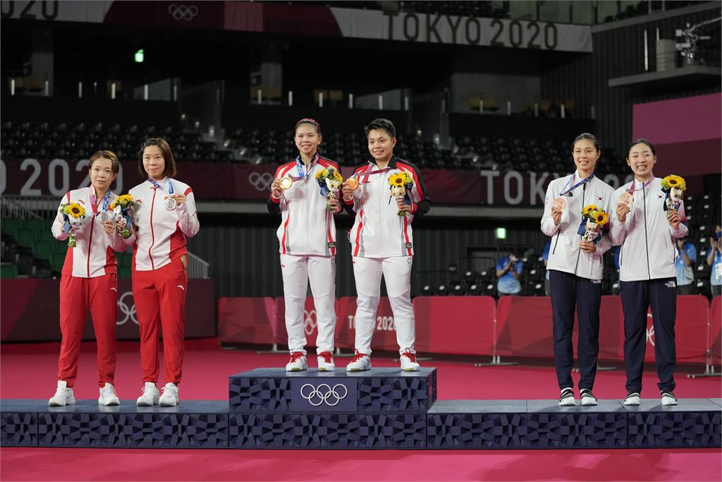 東奧/中國羽球「咆哮女雙」金牌戰敗給印尼!網嘲諷:中國一定銀