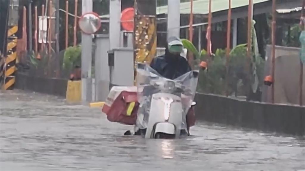 屏東大豪雨特報 佳冬低窪地區大面積淹水