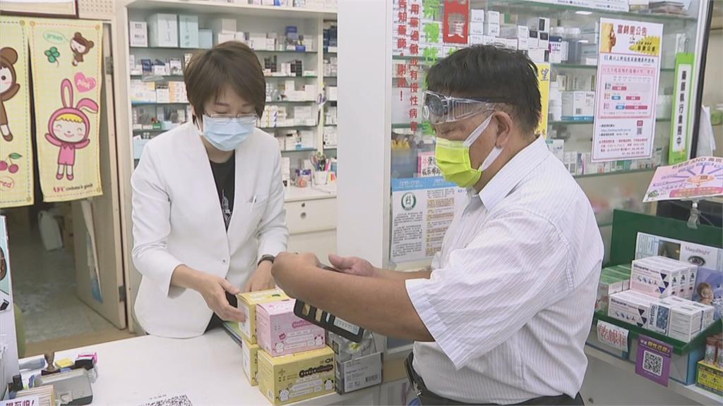 開放18歲以上疫苗意願登記 2天600萬人填寫