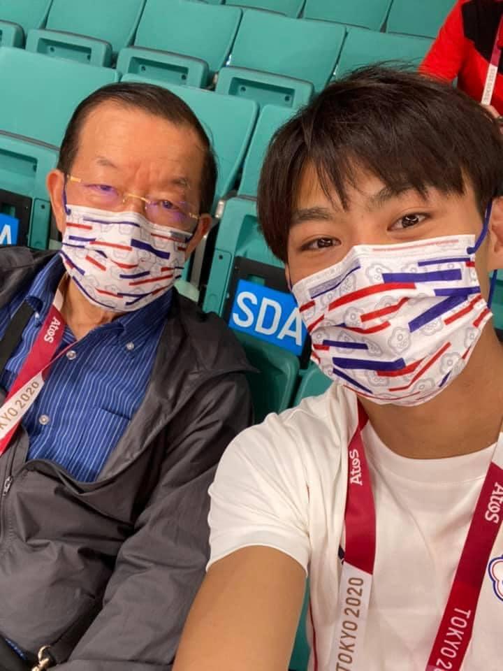 東奧/謝長廷「三單元」分析賽事 曬選手合照連林靜儀都喊:根本炫耀文