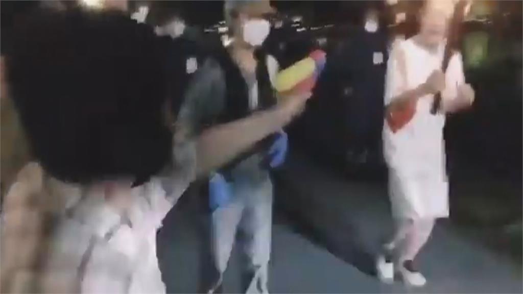 婦拿水槍射聖火抗議被逮 東奧門票抽籤延期恐閉門