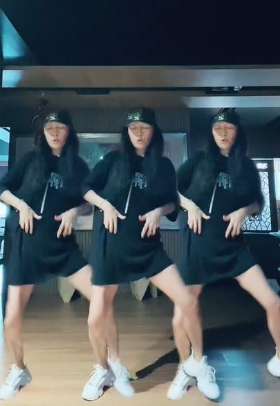 56歲方文琳辣秀美腿!17秒熱舞片遭網酸「要化妝啦」 她不忍回嗆反擊