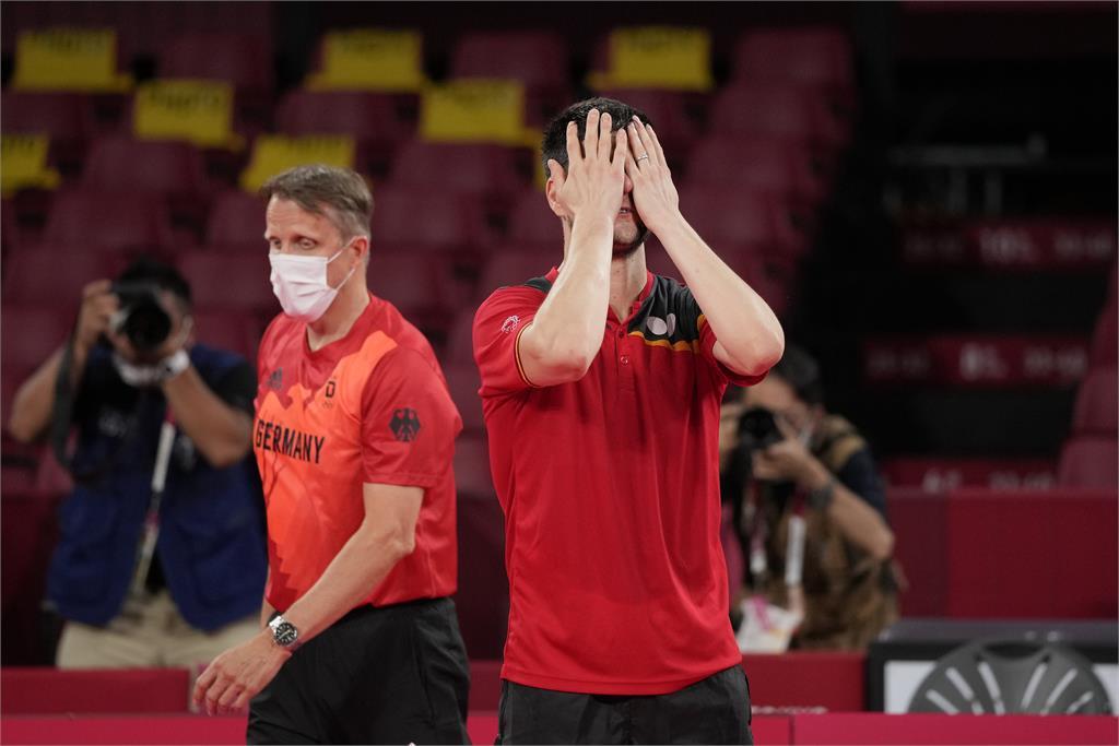 東奧/奧恰洛夫奪銅「跪地哭了」!看好台灣隊讚林昀儒:未來奧運一定拿牌