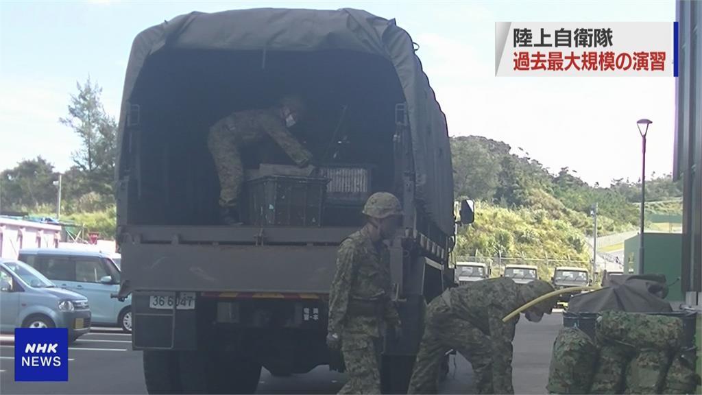 10萬大軍、2萬輛戰車、120架軍機! 日本陸上自衛隊史上最大軍演
