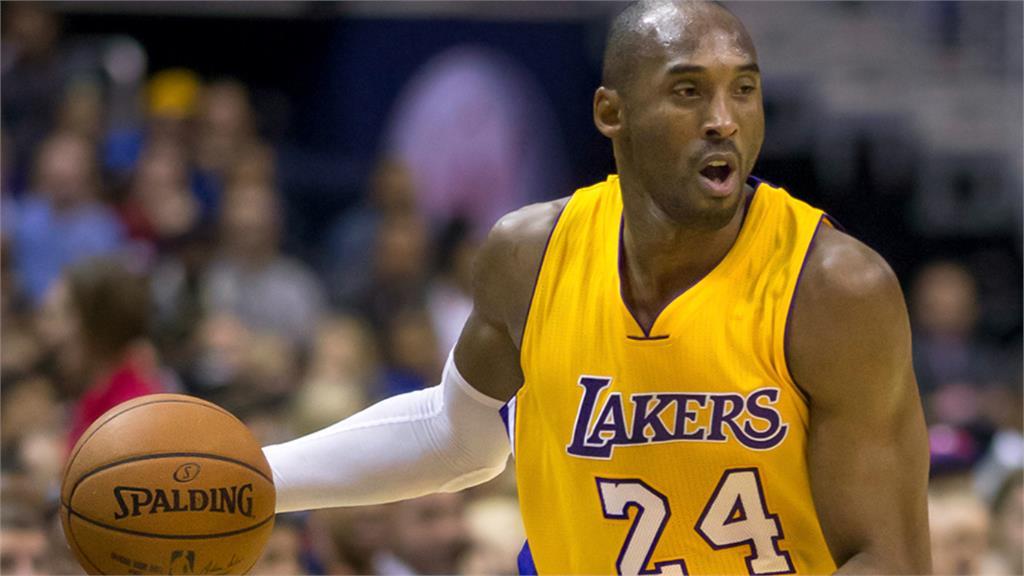 NBA/從來沒有為七六人效力 球團預計退休Kobe「33號」球衣