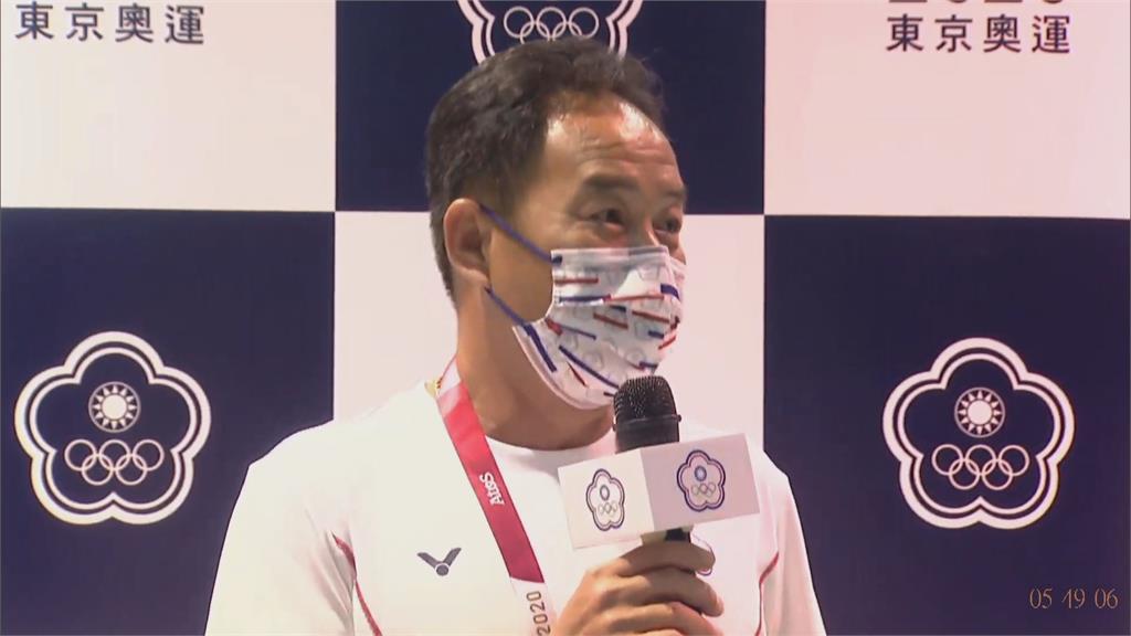 田徑代表團返台 總教練哽咽:選手已盡最大努力