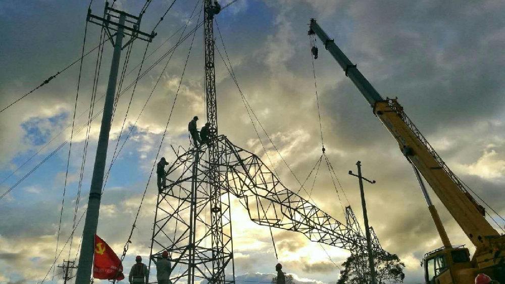 黃安稱讚中國限電「超前部署」?東北人狠酸:能源短缺到紅綠燈都不亮