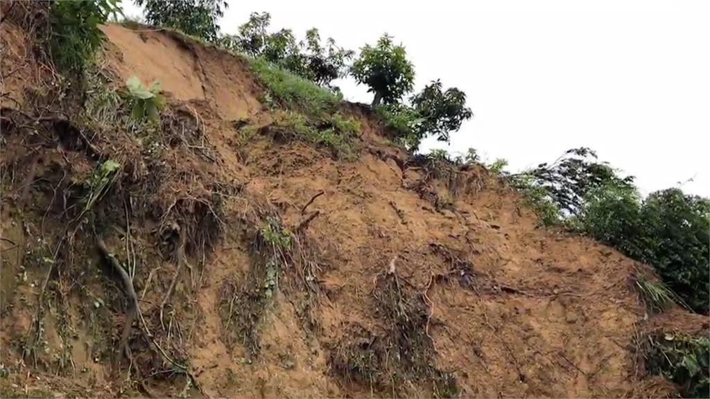龍崎逢大雨土石崩塌 台南市府急調國軍清淤