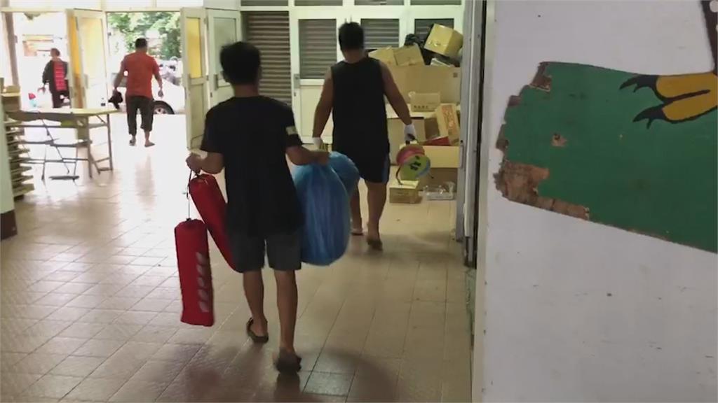 璨樹來襲收拾行李返家! 滿州長樂村撤離41人