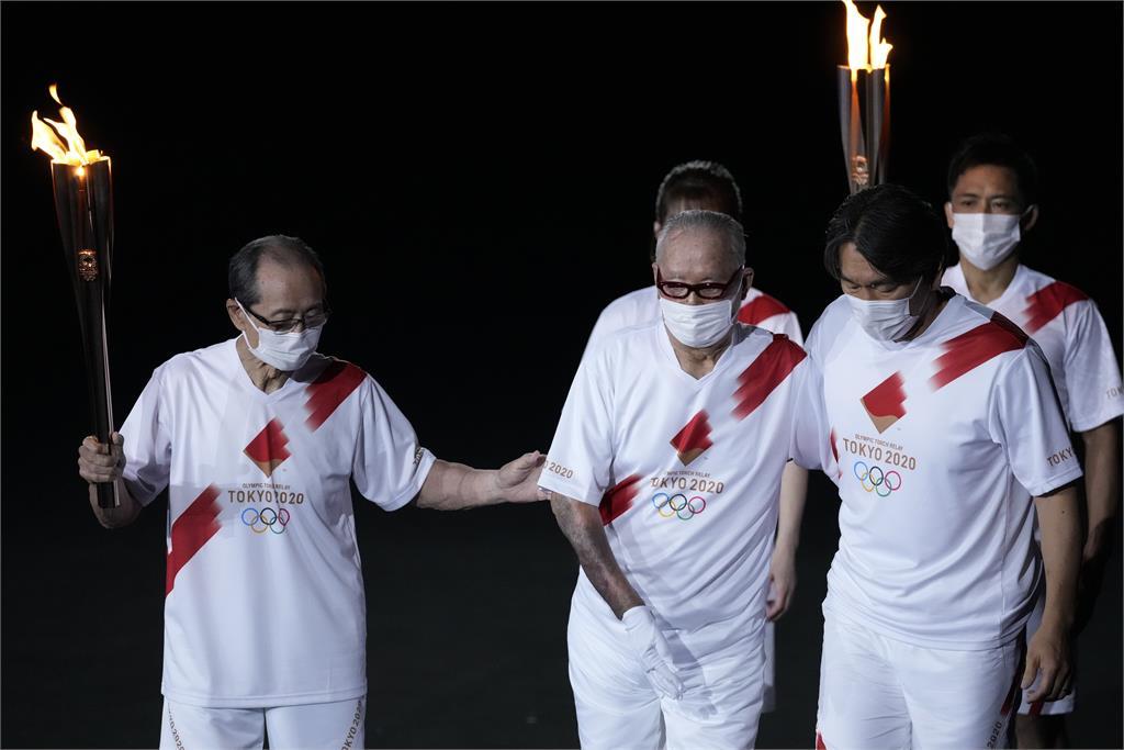 東奧/日本棒壇3大傳奇當火炬手!57年前年輕照曝光逼哭全網
