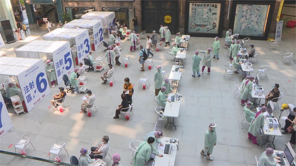 誤傳55萬劑BNT週一抵台 郭台銘:盧森堡機場繁忙 將延遲一週