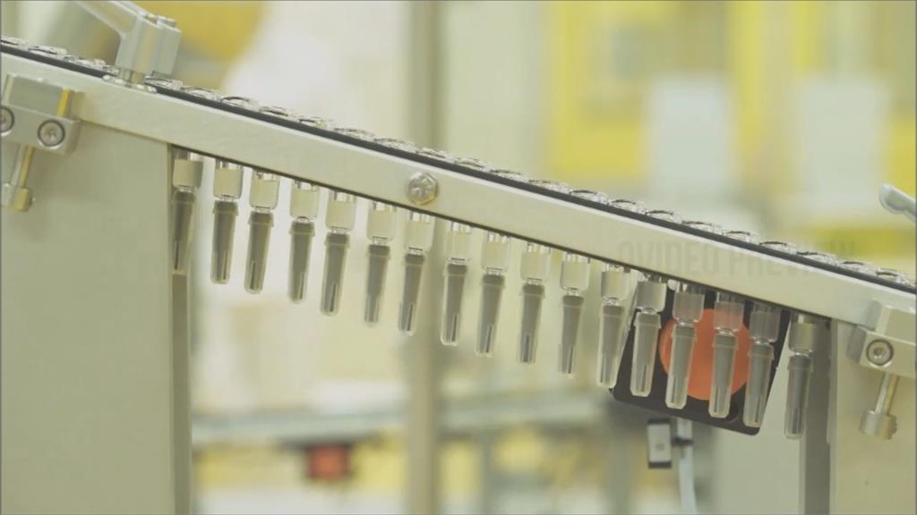 冷飯熱炒? 藍委續轟食藥署護航高端 高端八月加入公費接種 總經理:可應付變種病毒