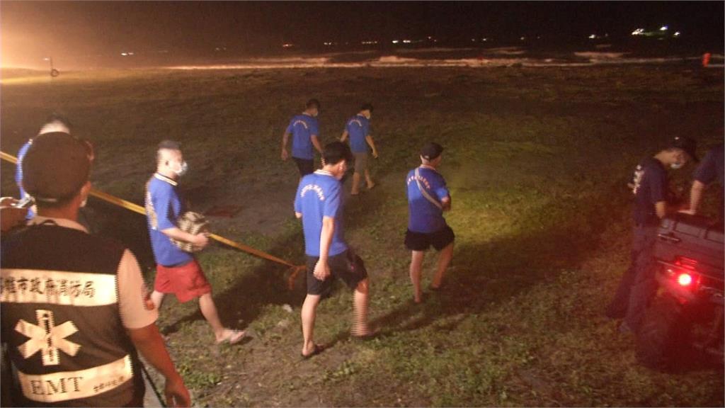 旗津父子落海遭浪捲走 救難人員漏夜搜救搶命